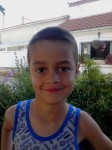 Anton avec sa coupe de tourdumondiste