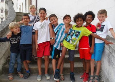 Anton et Titouan avec leurs copains de Longchamp