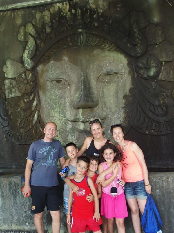 Les familles Baudry et Chenfir au zoo de Koh Samui