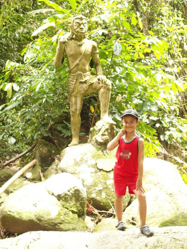 Anton statue Magic Garden Koh Samui