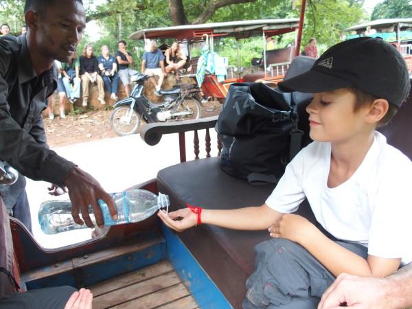 Anton, Lychee et les graines qui explosent - Battambang