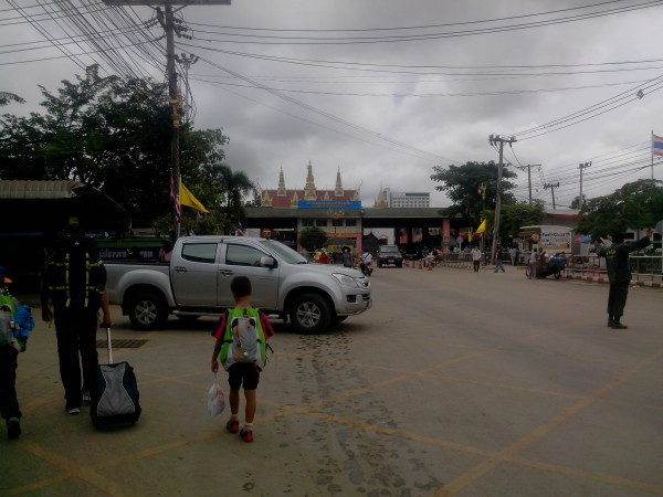 Passage frontiere Aranyaprathet Poipet (2)