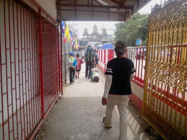 Passage frontiere Aranyaprathet Poipet (7)