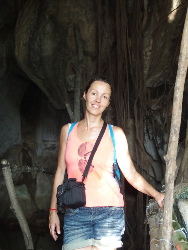 Guinou - grotte de Phnom Chnork - Kampot