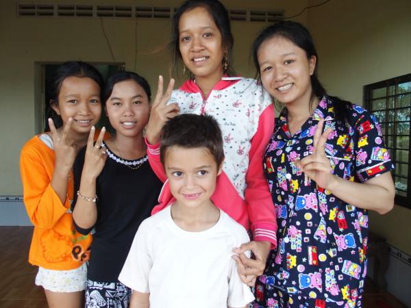 Cambodgiennes fan d'Anton - Kep