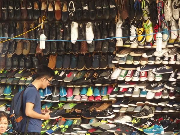 Chaussures dans le vieux quartier - Hanoi - Vietnam