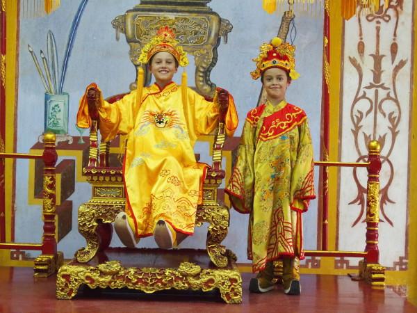 Titouan et Anton empereurs - Huê - Vietnam