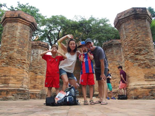 Grimace collective - Po Nagar - Tours Cham - Nha Trang - Vietnam