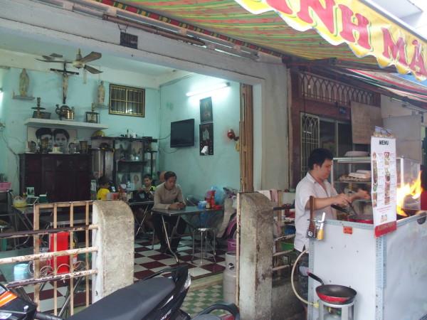 Notre resto de rue - Pham Ngo Lao Street - Saigon - Vietnam