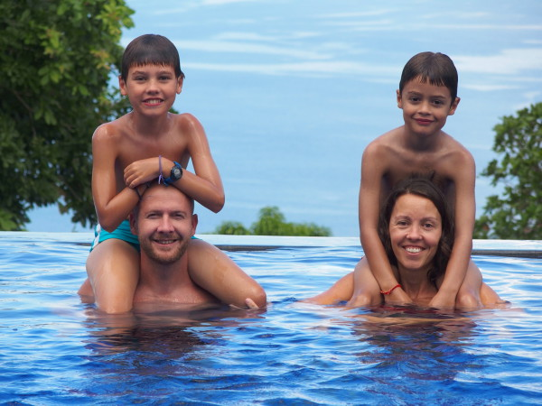 Baignade de Noël au Hamsa resort - Lovina - Bali