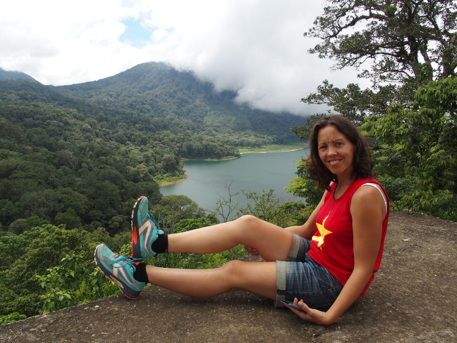 Guinou et ses Kalenji Kapteren Crossover aux lacs Tambligan et Buyan - Bali