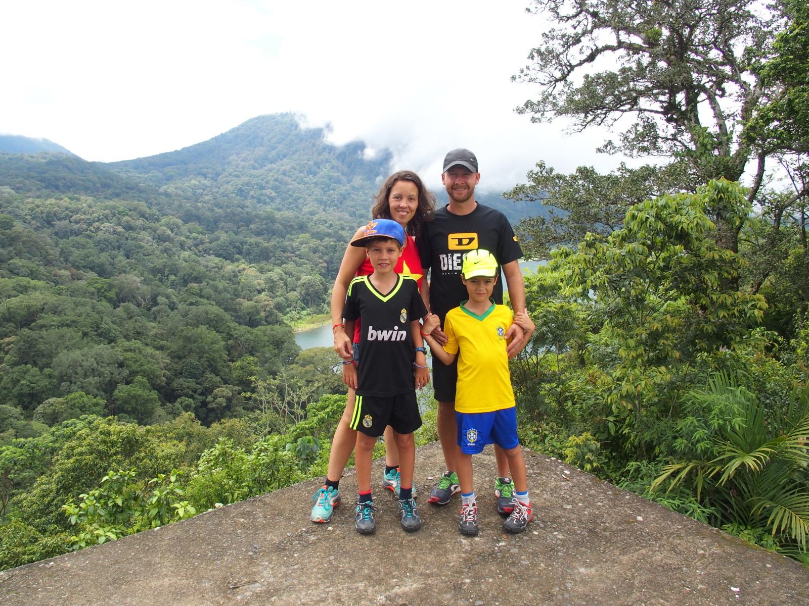 Aux lacs Tambligan et Buyan - Bali