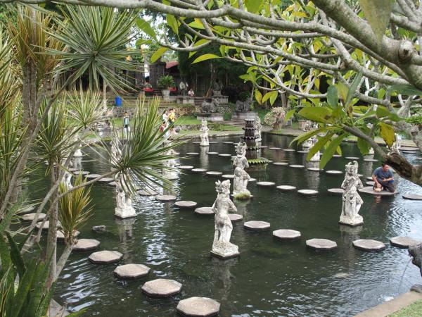 Bains royaux de Tirta Gangga - Bali