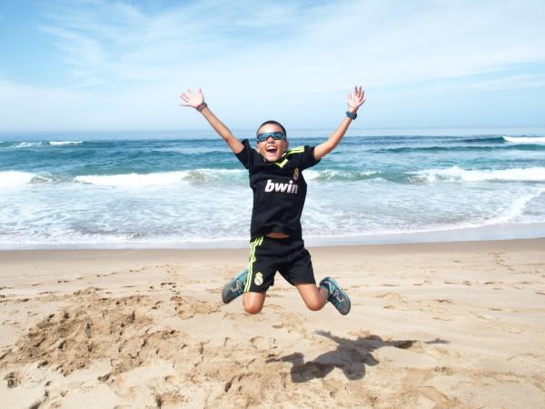 Great Ocean Road - Titouan saute à Johanna beach - Australie